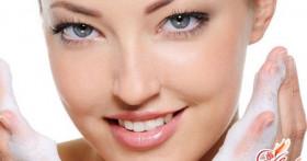 Как правильно ухаживать за кожей лица: полезные советы