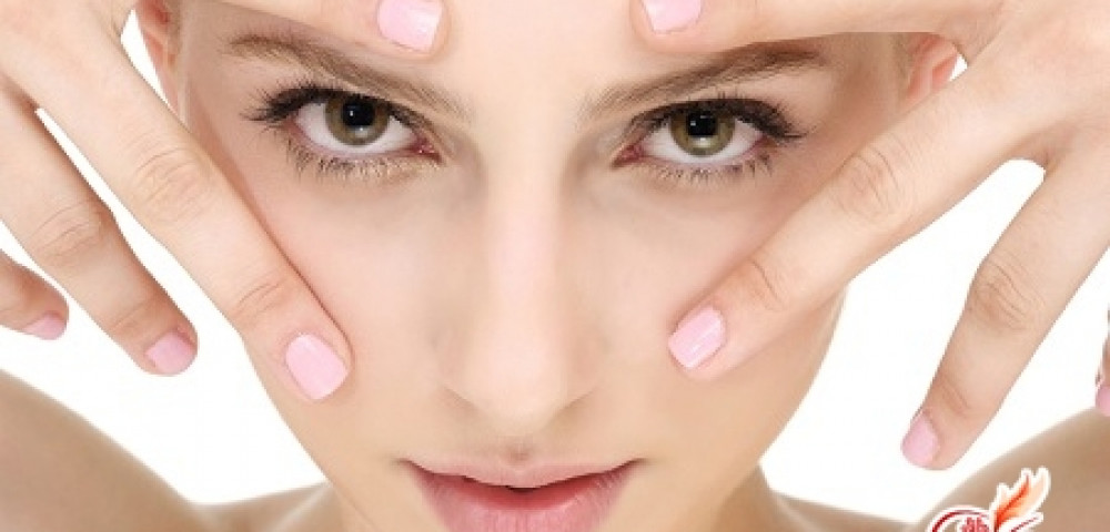 Как убрать синяки и мешки под глазами: советы и рекомендации