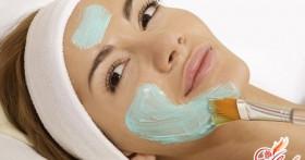 Как делать омолаживающие маски для лица в домашних условиях