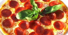 Пицца с колбасой и сыром, или Экономим со вкусом!