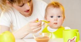 Чем кормить годовалого ребенка?
