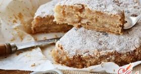 Как приготовить сухой яблочный пирог?