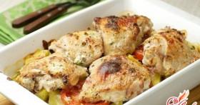 Курица в духовке под кефирным маринадом