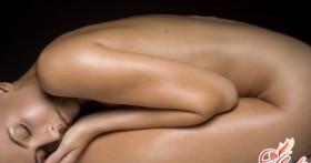 Почему на половых губах могут появиться трещины: причины и лечение