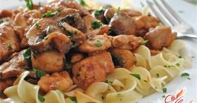 Паста с курицей и грибами: итальянское наслаждение