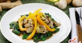 Салат с жареными шампиньонами для любителей вкусной и полезной пищи