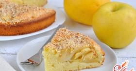 Готовим вкусно и с душой: пирог с манкой и яблоками