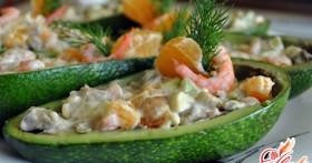 Салат с морепродуктами и авокадо: уникальные сочетания вкусов
