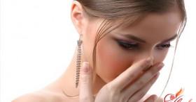 Если изо рта исходит неприятный запах ацетона