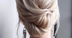 Как сделать красивый пучок на средние или длинные волосы