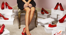 Как уменьшить размер ноги: пластика и одежда