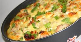 Запеканка картофельная с курицей: сытное блюдо за пару минут