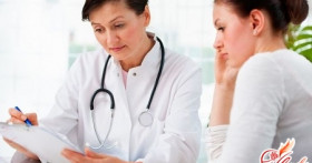 Как быть, если у женщины мазня на ранних сроках беременности?