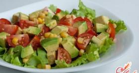 Салат с авокадо и огурцом: осваиваем кулинарную экзотику
