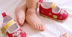 Как выбрать первую обувь малышу