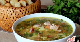 Гороховый суп с копченостями: рецепт с давней историей