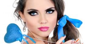 Как красиво подобрать вечерний макияж под голубые глаза?