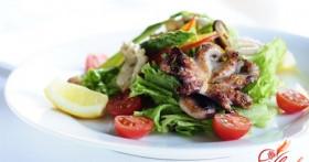 Салат с кальмарами и креветками как жемчужина праздничного стола