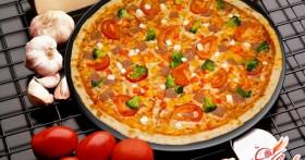 Настоящая пицца тонкая: рецепт