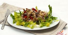 Салат с оливками и курицей: феерия вкуса