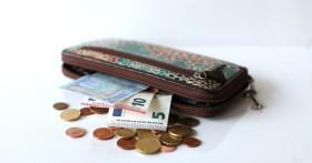 Как выбрать кошелек по фен-шуй для привлечения денег