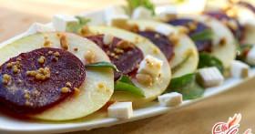 Худеем и оздоравливаемся: салат из сырой свеклы