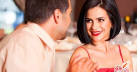 Как ответить на комплимент: советы для элегантных женщин