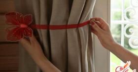 Украсить шторы своими руками легко и просто