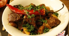 Мясо с айвой: рецепт осени
