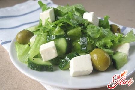 салат с зеленым луком с яйцом