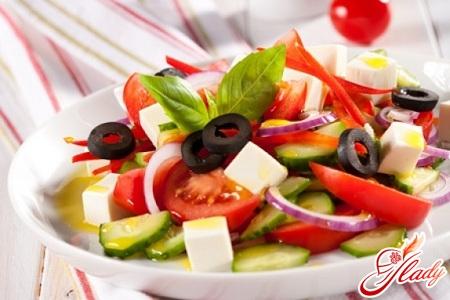 салат из сыра фета