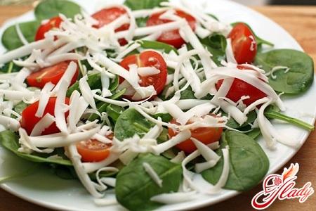 салаты из шпината