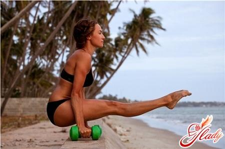 упражнения для рук в домашних условиях для женщин