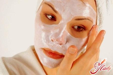 маски из белой глины для лица