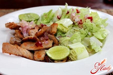 рецепты салатов из свинины