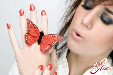 нарощування нігтів в домашніх умовах