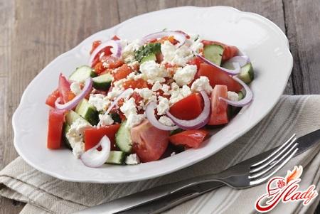 салат из брынзы