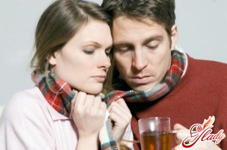Боль в горле: в чем разница между ангиной и ОРВИ