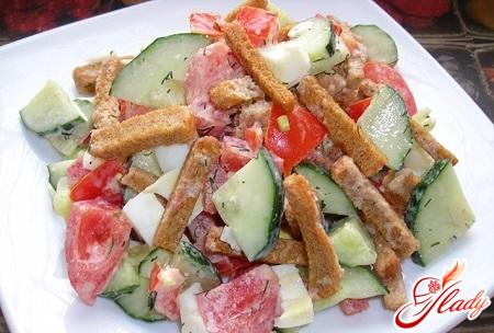 простые салаты с кириешками