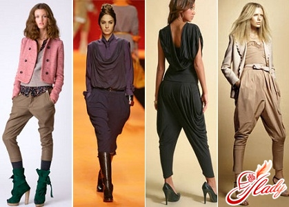 Вот и экстравагантные брюки галифе женские не избежали этой участи...