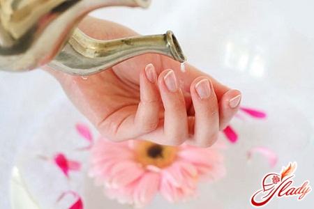 Для роста ногтей