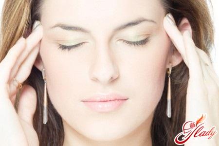 постоянные головные боли тошнота причины