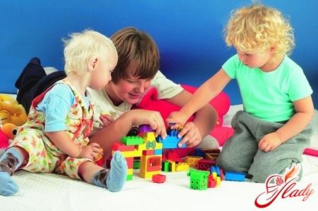 Как правильно выбрать развивающие игрушки!