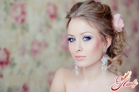 правильный макияж для серо голубых глаз