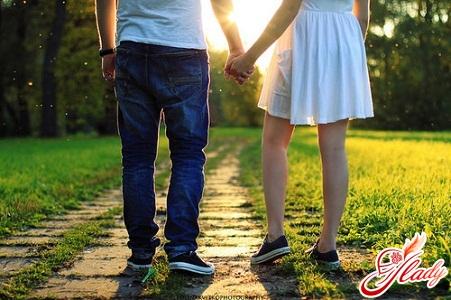 проявление влюбленности у подростков 14 лет