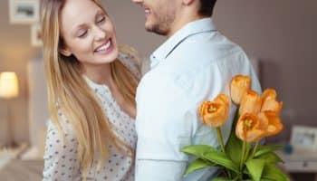 Как понять, что ты нравишься мужчине или парню