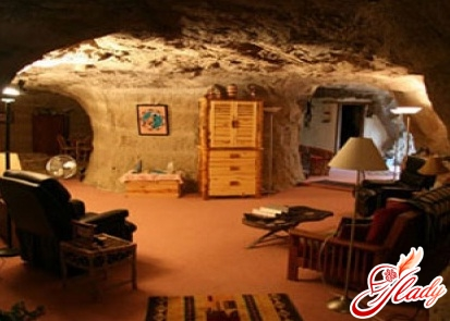 необычные отели мира - Kokopelli's Cave