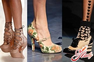 мода весна 2012 взуття