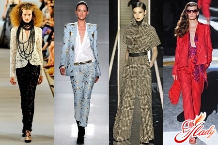 брючные костюмы женские модные
