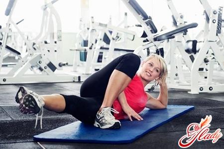 полезные упражнения для похудения бедер и ног
